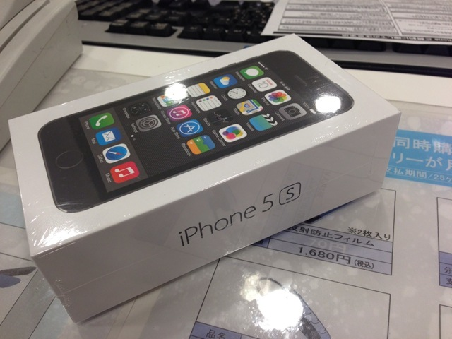 iPhone 5sスペースグレイ!GET!
