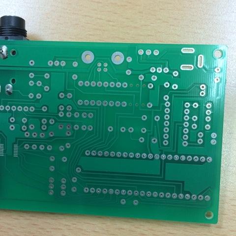 【デジタルエフェクターを作ってみる】第6回 基板ができたよ。プログラムで息を吹き込む準備 の巻