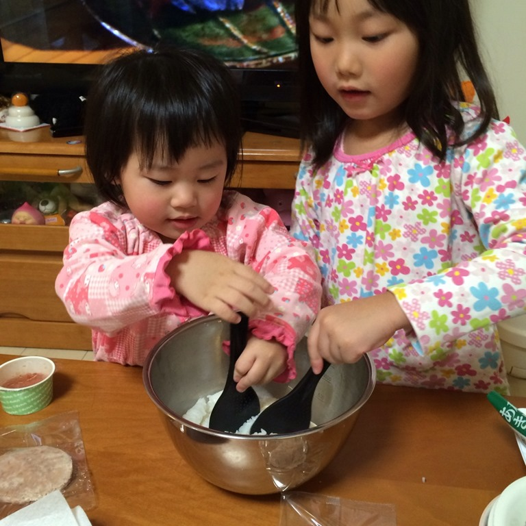 【子供と料理】冷凍食品&インスタント食品を活用してカンタンに!五目ちらし寿司を作る の巻