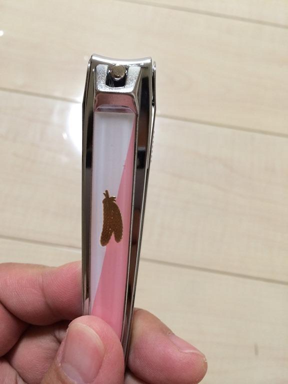 フェザーの爪切りはサクサク切れる
