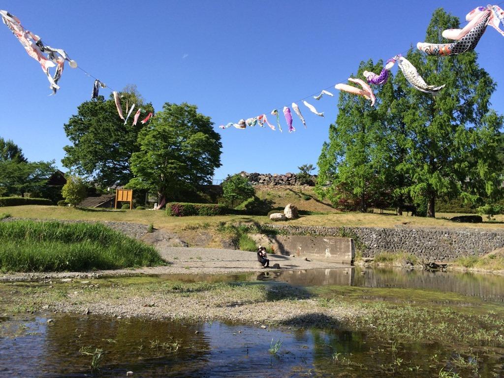 神流川水辺公園でこいのぼりを見ながら水遊び の巻